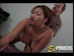 Curvy Asian gets nailed